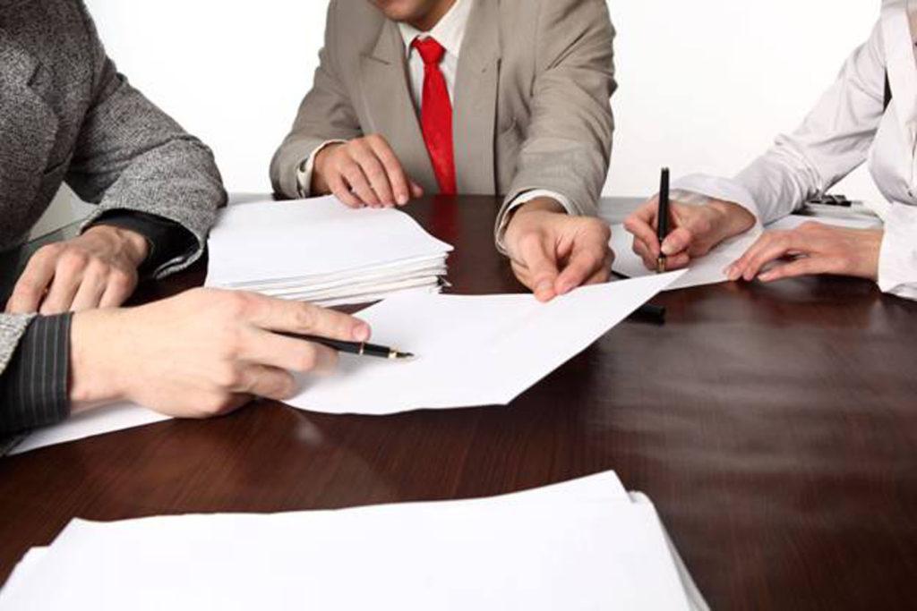 Бизнес может регистрироваться и как ИП, и как ООО