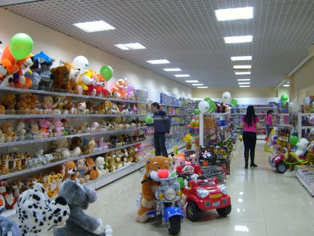 Магазин лучше всего открывать около детских учреждений