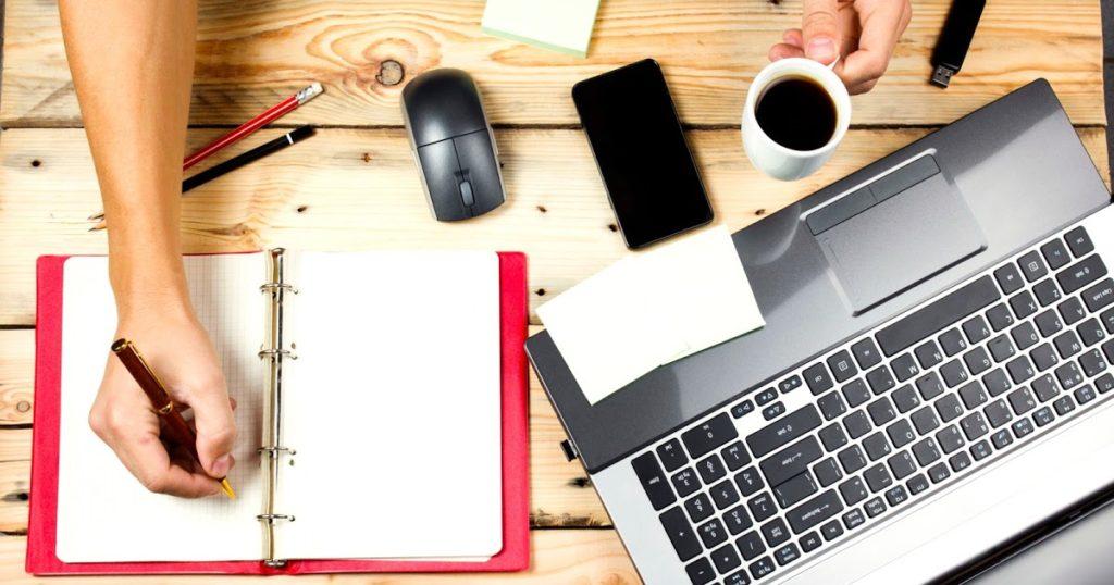 Для начала бизнеса потребуется компьютер, доступ в интернет и свободное время