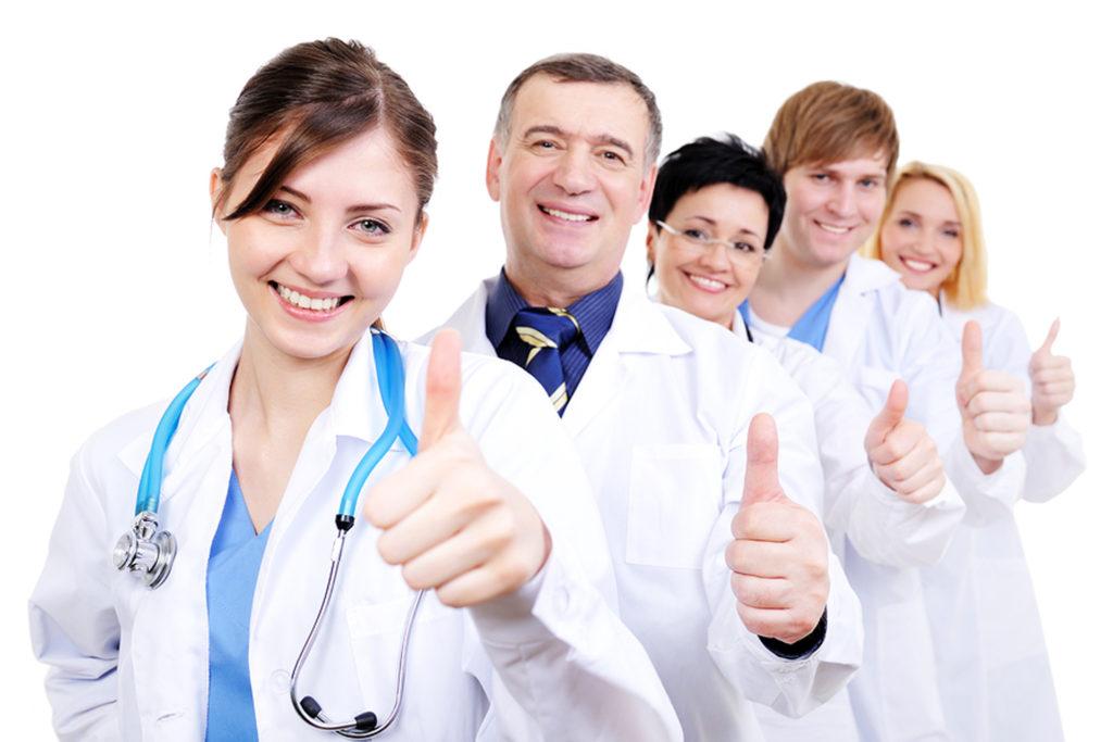 Персонал клиники должен иметь опыт работы и соответствующее профильное образование