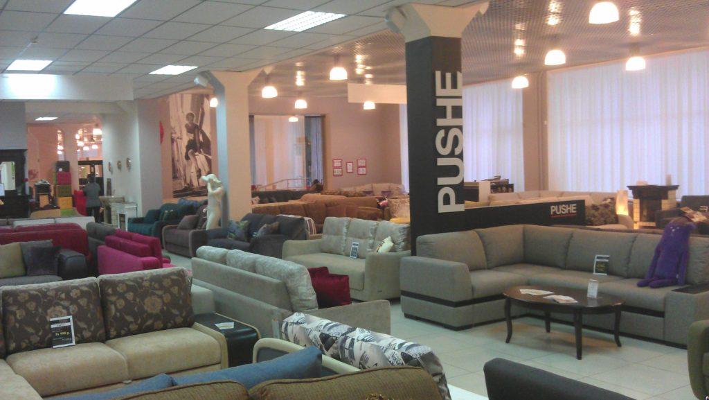 Капитальные вложения зависят от формата магазина мебели
