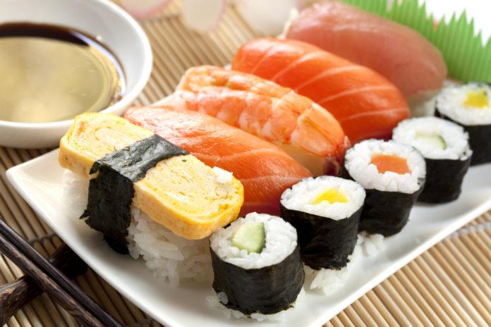 Изображение - Как открыть доставку суши 1-22-696x464